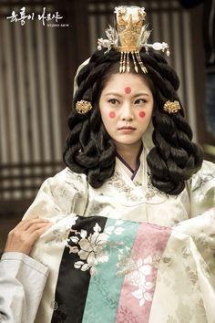 한복 hanbok ;; six flying dragons #wongyeon #gongseungyeon