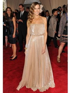 Sarah Jessica Parker hair, make-up, outfit. love it all