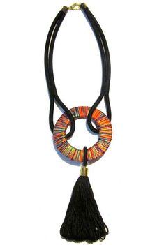Argola de Fios Pinned by @Manaro Design Jewelry | Beading | Bracelet | Necklace | Earrings #DesignerJewelry