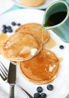 Whole Wheat Pancakes. Soft, fluffy, and delicious kid-friendly pancakes with no all-purpose flour. Whole Grain Pancakes, Pancakes And Waffles, Low Carb Breakfast, Breakfast Recipes, Breakfast Ideas, Freeze Pancakes, Real Maple Syrup, Cheap Meals, Kid Friendly Meals