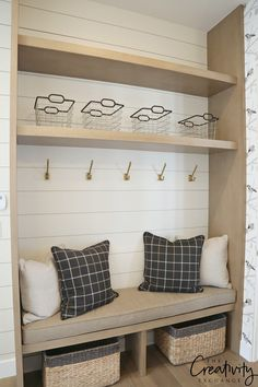 Home Decorating Ideas Bathroom Painted shiplap mudroom wall. Home Decorating Ideas Bathroom Source : Painted shiplap mudroom wall. Mudroom Laundry Room, Laundry Room Organization, Bench Mudroom, Closet Mudroom, Mudroom Cabinets, Entry Bench, Shoe Bench, Entryway Organization, Home Design