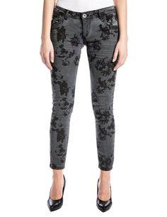 26 Best 5 pocket jeans images   Jeans, Jeans pants, Blue Jeans 4af9f4d650