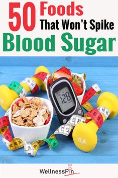 With the consequences of high blood sugar being harmful to health, learn how to control blood sugar with these 50 foods. High Blood Sugar Diet, High Blood Sugar Symptoms, Reduce Blood Sugar, Healthy Blood Sugar Levels, High Sugar, Diabetic Tips, Diabetic Meal Plan, Diabetic Cake, Diabetic Snacks