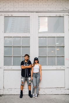 best friend photo shoot, boy and girl, couples photo shoot, urban photo shoot, city photo shoot, downtown photo shoot, vsco
