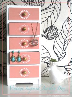 I love my Jewelry box!!! Post by A {Kiss} of Color | Lifestyle Blog | Style, Decor, DIY's, Beauty, Weddings, Life.