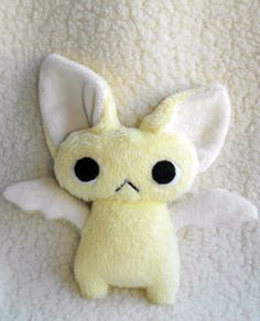 Yellow Bat by HobbaGobwin