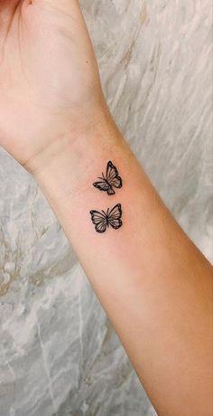 Cute Hand Tattoos, Bff Tattoos, Girly Tattoos, Dope Tattoos, Mini Tattoos, Finger Tattoos, Body Art Tattoos, Tatoos, Butterfly Wrist Tattoo