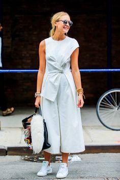 Le total look de l'été : en blanc de la tête aux pieds | Glamour