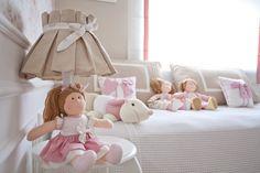 quarto-de-bebe-rosa-com-o-tema-bonecas-de-pano Ameiii!..imagina colorido!