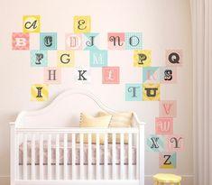 Stickers muraux pour déco de chambre enfant en 49 photos