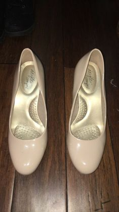 NINE WEST Mai Silver Leather Flat Ballet Slip On Comfort Size 9 NIB $80