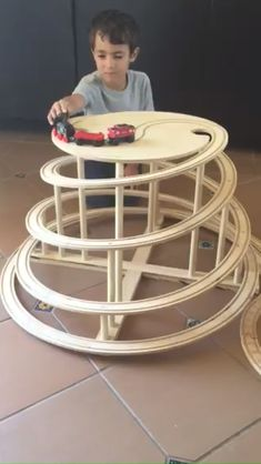 Thomas' friend, Hiro, zipping down Mountain Spiral Railway! Thomas' friend, Hiro, zipping down Mountain Spiral Railway! Woodworking Projects For Kids, Wood Projects, Woodworking Basics, Train Table, Wooden Train, Brio, Thomas The Train, Wood Toys, Classic Toys