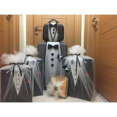 Desi Wedding Decor, Arab Wedding, Wedding Crafts, Wedding Signs, Wedding Gift Baskets, Wedding Gift Wrapping, Wedding Gift Boxes, Engagement Decorations, Wedding Decorations