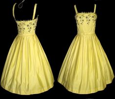 Vintage 1950s Dress . Sunshine Yellow . Couture . 50s Dress . Full Circle Skirt Mod - New Look Garden Party