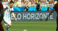 A campeã Alemanha tem seis jogadores no 11 ideal do Mundial. Mas a FIFA escolheu Lionel Messi para melhor jogador do campeonato do Mundo.