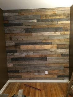 One of my favorite things to do is try to capture a great photo of my pieces… Pallet Wood Feature Wall. One of my favorite things to do is try to capture a great photo of my pieces when they are finished. It is so rewarding.