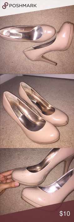 Nude heels Worn for a few high school dances! Few scuffs, but very comfortable for prom pics!! Goes well with everything Steve Madden Shoes Heels