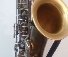 Vintage Finishing Overhaul Saxophone With No Chemicals