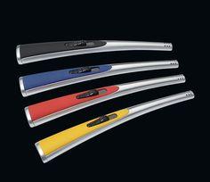 Cilio Stabfeuerzeug Rainbow 20 cm, Stabfeuerzeug nachfüllbar, verstellbare Flamme, Chrom matt, Farben: schwarz, rot, gelb, blau