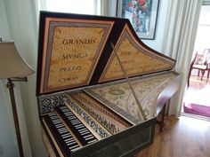 Clavichord | Picture of harpsichord, clavichord - Flemish Double