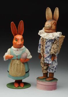 Lot # : 1250 - Lot of 2: Rabbit Candy Containers.