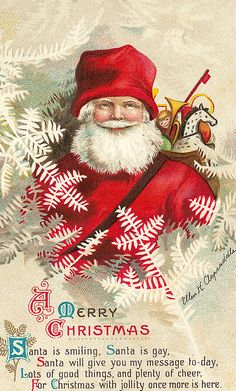 Smiling Santa. Repinned by www.mygrowingtraditions.com