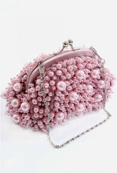 Dusty Pink Bayswater Small Pearl Bag Dusty Pink Bayswater Small Pearl Bag - My Accessories World Beaded Purses, Beaded Bags, Beaded Clutch, Handbags On Sale, Purses And Handbags, Vintage Purses, Vintage Jewelry, Vintage Bags, Sacs Tote Bags