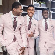 Pink Wedding Tuxedos For Groom 2019 Two-button Custom Made 2 Pieces Set Groomsmen Best Man Suit Men's Suits Bridegroom (Jacket+Pants ) Costume Homme Rose, Costume Rose, Costume Garçon, Pink Groomsmen, Groom And Groomsmen Attire, Groom Suits, Groom Tuxedo Wedding, Wedding Suits, Wedding Tuxedos