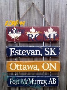 This is a neat idea Wood Projects, Projects To Try, Us Customs, Name Boards, Winter Project, Visit Canada, Wall Decor Pictures, Emergency Vehicles, Hanging Signs