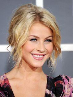 Julianne Hough Hair and Makeup at 2011 Grammys - Real Beauty