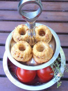 mini gugl herzhaft tomaten käse guglhupf klein