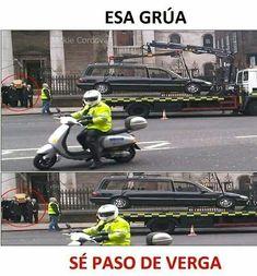 El título se fue en la Grua Funny Spanish Memes, Stupid Funny Memes, Hilarious, Funny Images, Funny Photos, Caricature, Pinterest Memes, Best Memes, Troll