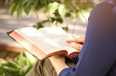 5 Daily Habits for Effective Christian Living