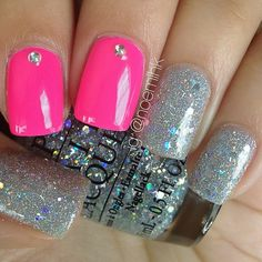 Photo by noemihk - pink and glitter nails!