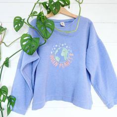 Home | PRYDbrodering Sweater Shirt, Graphic Sweatshirt, Sweatshirts, Sweaters, Fashion, Pink, Moda, Sweatshirt, Fashion Styles