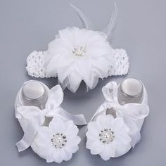 2016 Newborn Baby Girl Shoes Brand,white baptism,Toddler Infant Fabric Baby Booties Headband Set, Baby Walker First Walkers Shoe Baby Timberlands, Baby Girl Shoes, Girls Shoes, Boy Shoes, Shoes Uk, Shoe Template, Walker Shoes, First Walkers, Crib Shoes