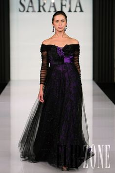 Jack Guisso - Couture - Fall-winter 2009-2010 - http://en.flip-zone.com/fashion/couture-1/independant-designers/jack-guisso