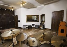 The live room at Degraw