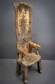 Chaise de dignitaire, Baoulé, Côte d'Ivoire. Funky Furniture, Unique Furniture, Furniture Design, African Design, African Art, African Furniture, African House, Antique Cupboard, African Interior