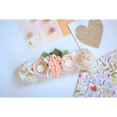 Peaches Creams Felt Flower Crown Mini Crown (315 NOK) ❤ liked on Polyvore featuring accessories, hair accessories, headbands & turbans, silver, headband hair accessories, leaf headband, floral crown, leaf garland and floral garland