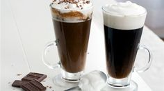 Classic Irish Coffee Recipe - the perfect drink combining a yummy dessert with a delicious cocktail! Irish Coffee, Irish Whiskey, Coffee Cafe, My Coffee, Bar Drinks, Yummy Drinks, Beverages, Coffee Recipes, Wine Recipes