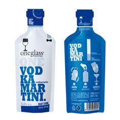 Oneglass gibt es jetzt auch als Cocktail. Hier: Vodka Martini