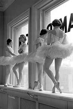 @Kay Panamarenko - another one by Alfred Eisenstaedt