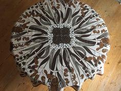 Amazing Almedahls Sweden round tablecloth /// by ScandiVintageShop