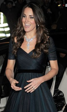 Kate at National Portrait Gallery in Jenny Packham and the Queen's Nizam of Hyderabad necklace at first public event of the New Year at the National Portrait Gallery in London 2/11/14