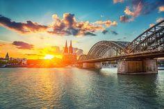 Gutschein für einen romantischen 4-Sterne Erholungsurlaub in der Domstadt Köln - 3 oder 4 Tage ab 75 €   Urlaubsheld