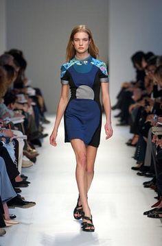 Balenciaga Spring/Summer 2003 | Flickr - Photo Sharing!