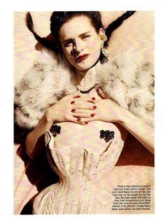 Stella Tennant: Vogue Italia, September 2011-6