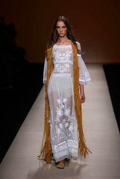 3-Alberta Ferretti Spring/Summer 2015 Fashion Show