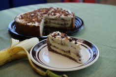 Banana Pudding Cheesecake with Amelia's Cinnamon Spicing Pecans. http://www.spicingpecans.com/banana-pudding-cheesecake/